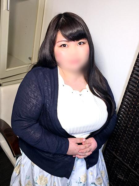 【新人入店】黒髪愛カップの現役OL